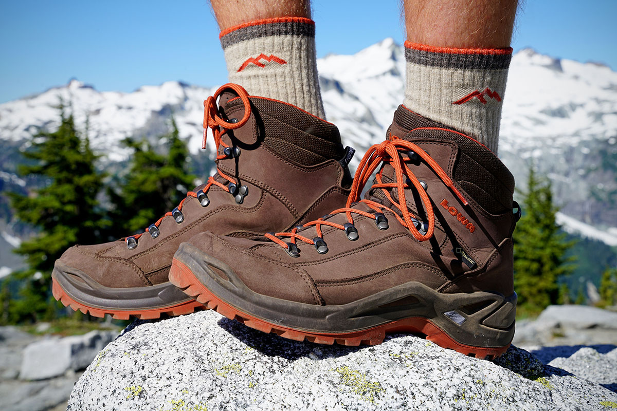 Best Shoes For Hiking