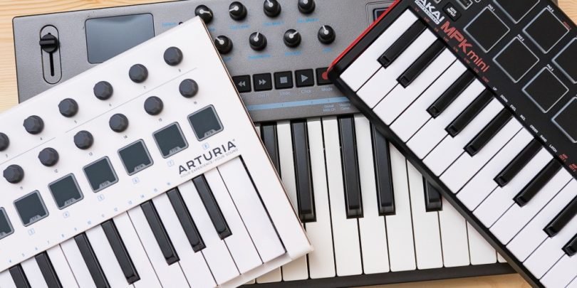 The Best MIDI Keyboard Cntrollers For Beginners