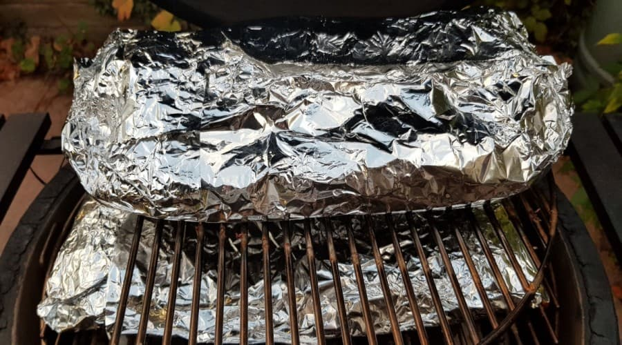 Using Foils on your Electric Smoker Grill Racks